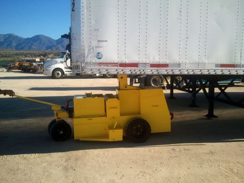 Motorized-Electric-Tractor-trailer-mover-tug